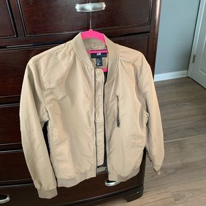 Men's Tan Jacket. Great condition.